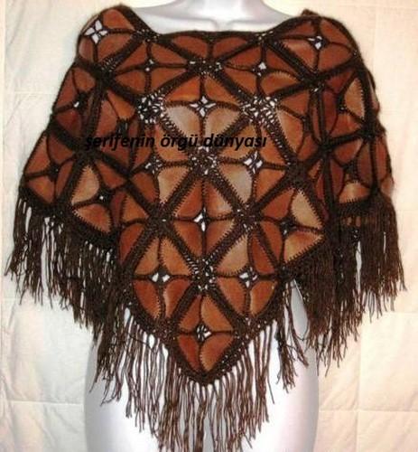 Из кусочков кожи и вязание