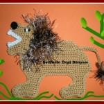 tıg-orgu-magnet-aslanlı-bebek-esyası