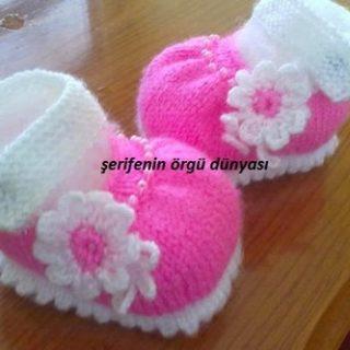 pembe-incili-bebek-orgu-patik-modelleri8-kopyala