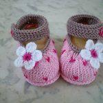 örgü kız bebek patik modelleri (24)