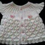 en şirin örgü bebek yelekleri (15)