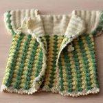 en şirin örgü bebek yelekleri (57)
