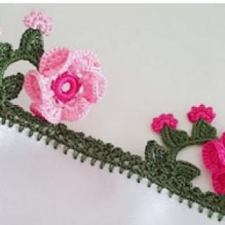 3 boyutlu çiçekli tığ oyası modeli