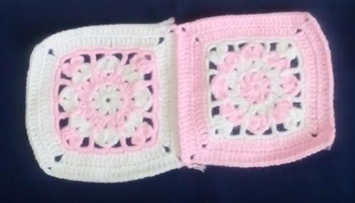iki renkli battaniye motifi.png2
