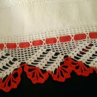 iki renkli kolay havlu kenarı danteli