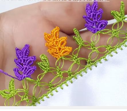 renkli çam yaprakları tığ oya modeli.png3