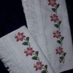 kanaviçe işlenmiş havlu örnekleri (30)