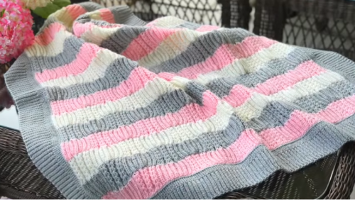 başak modeli ile bebek battaniyesi yapımı.png5