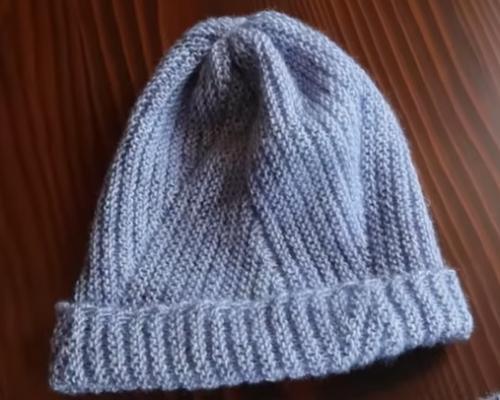 verev örülen bayan şapka modeli.png2