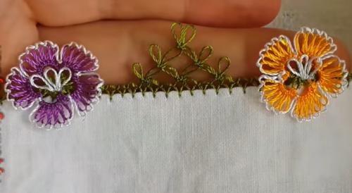 iğne oyası hercai çiçekler yazma kenarı modeli yapımı
