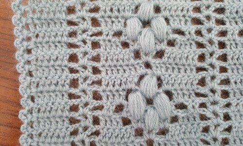 tığ işi fıstıklı papatyalar yelek modeli (10)