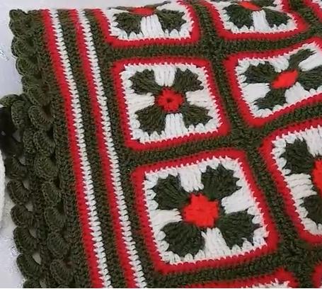 gelin tacı motifli yatak örtüsü yapımı.png3