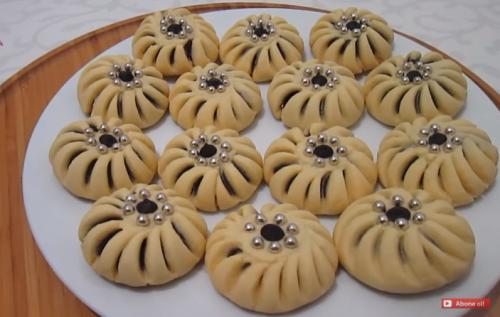 incili çarkıfelek un kurabiyesi tarifi