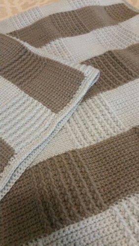 kare desenli tığ işi battaniye modeli yapımı (14)