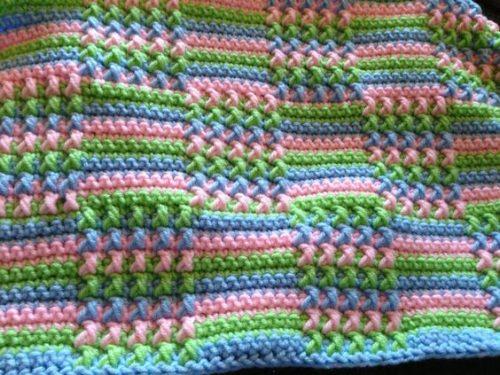 kare desenli tığ işi battaniye modeli yapımı (8)