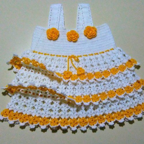 tığ işi fırfırlı kız elbise yapımı (2)