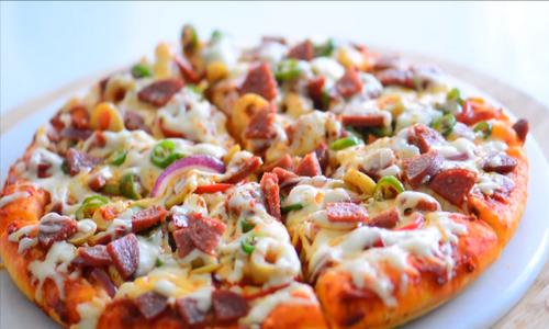tavada 10 dakikada yapılan pizza7